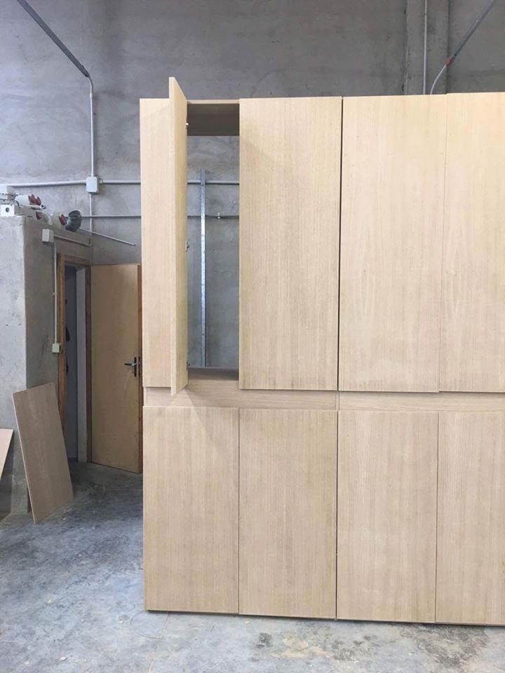 Costruzione armadio moderno 8 ante in rovere Falegnameria ...