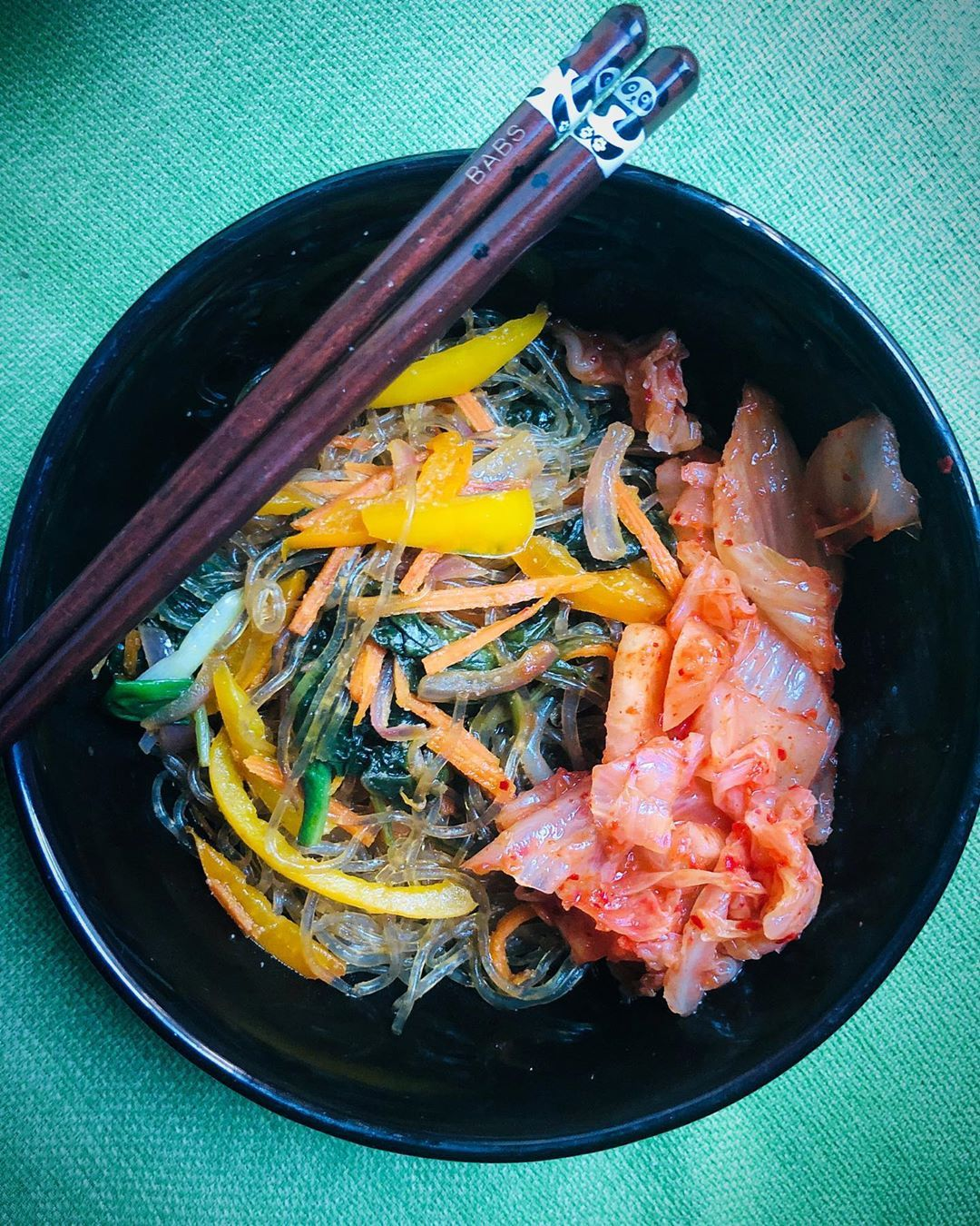 Weekend recovery: Vegetable japchae with for a comforting .🍜🥬🌶🥕#cookathome