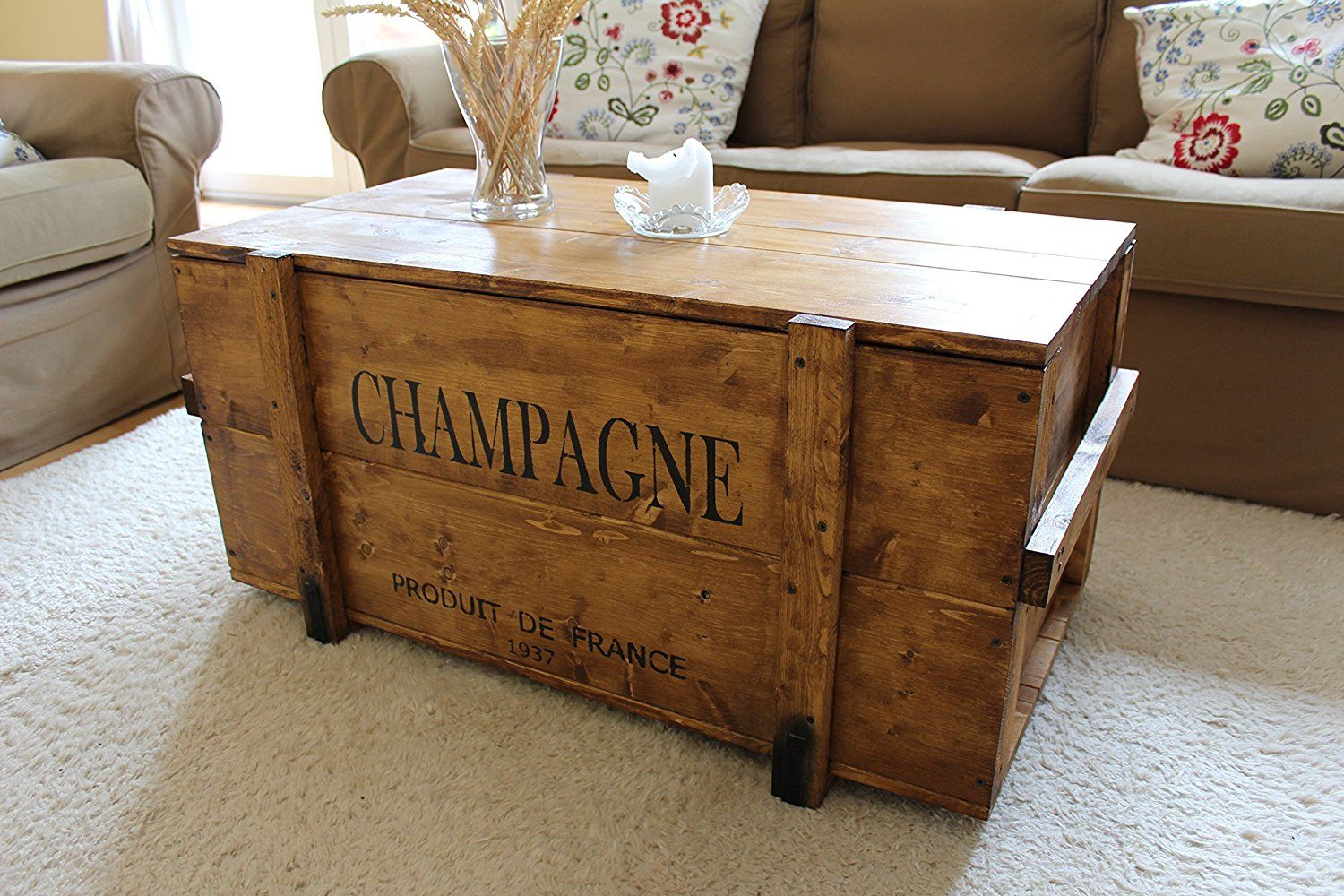 Uncle Joe S 75759 Truhe Couchtisch Holzkiste Champagne Vintage Shabby Chic Holz 98 X 55 X 46 Cm Hellbraun Indust Couchtisch Vintage Holzkisten Truhe Tisch