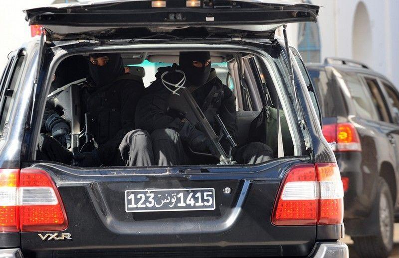 Saudi Kings Mototcade Counter Assault Team In A Land