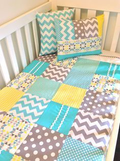 yellow aqua white room - Google Search | Room Colors/Ideas ... : quilt color ideas - Adamdwight.com