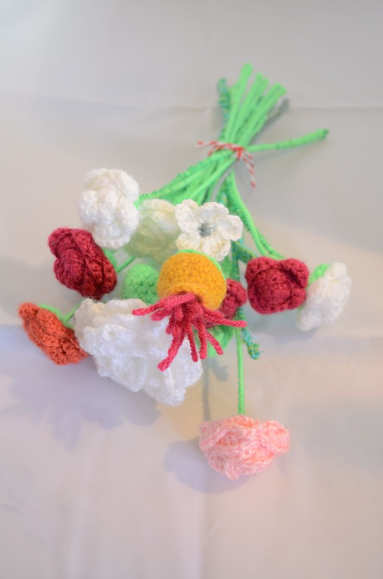 Crochet flower bouquet diy handmade wool httpfacebook crochet flower bouquet diy handmade wool httpfacebook izmirmasajfo