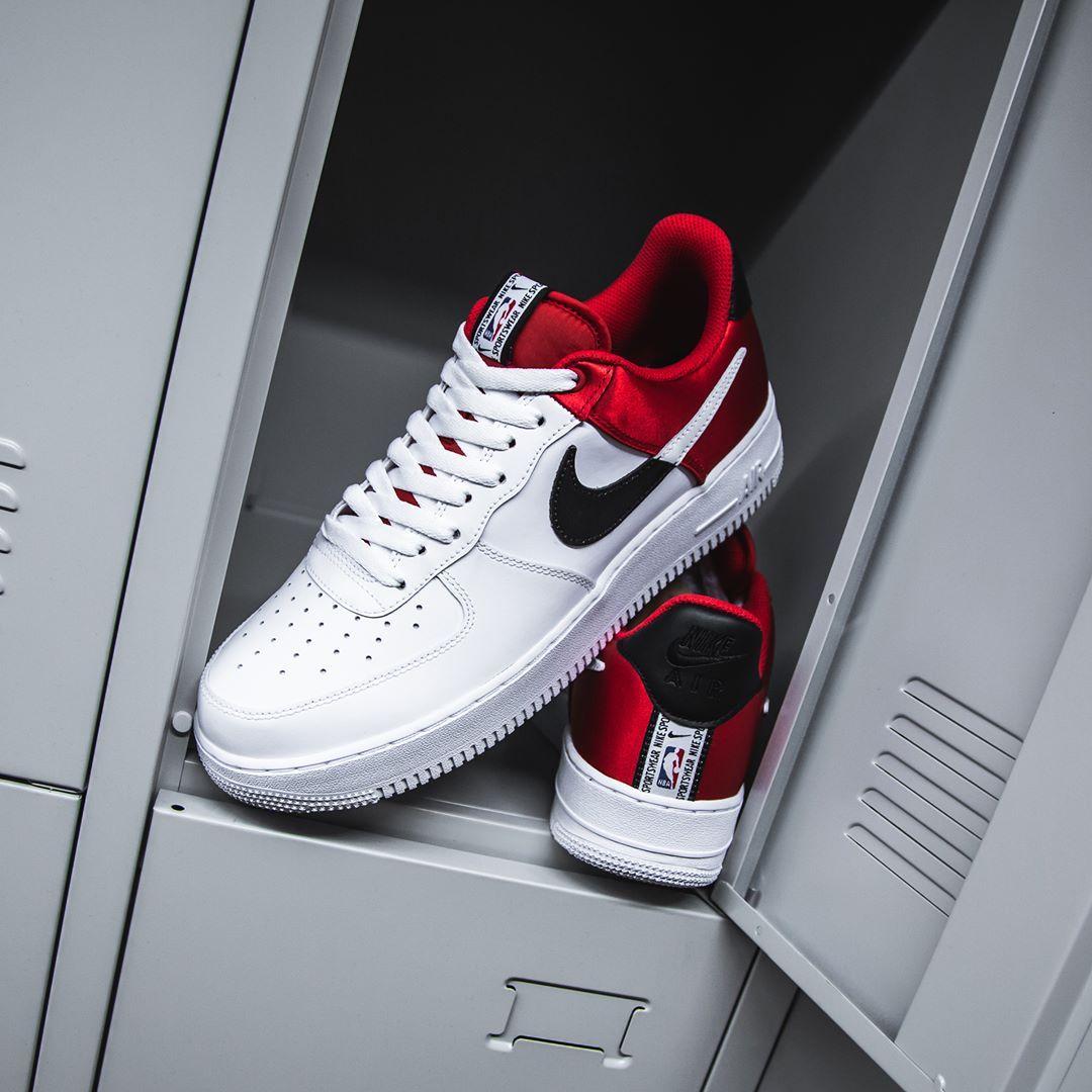 Nike Air Force 1 07 Lv8 Herren Frauenschuh Weiss Rot Schwarz Nike Air Force Sneakers Mode Nike Air