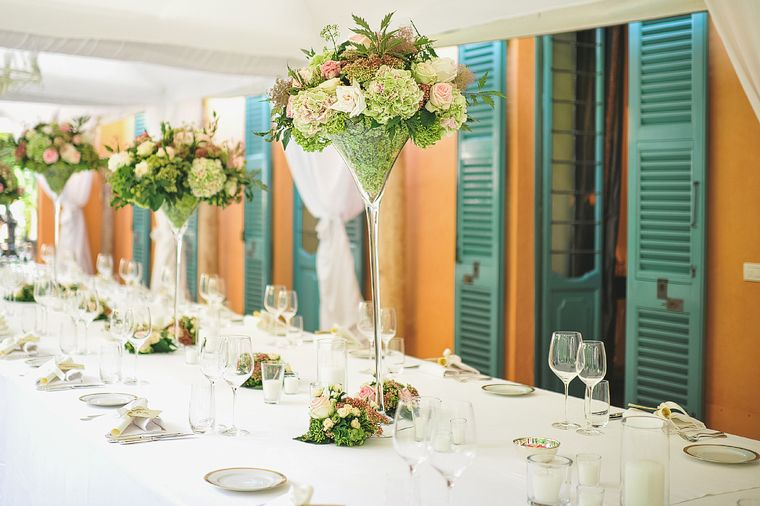 Tall Table Flowers  | The Lake Como Wedding Planner | #lakecomo #wedding #weddingplanner #flowers
