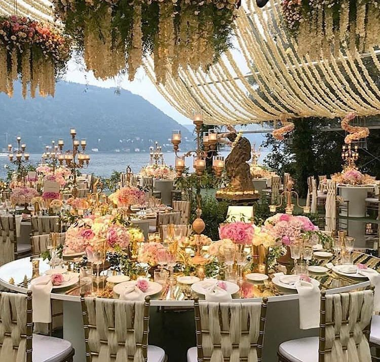 Just In The Wedding Decor Of Deepika Padukone And Ranveer Singh S Wedding Look Every Bit Royal Hungryboo Wedding Venues Italy Wedding Decorations Italian Wedding
