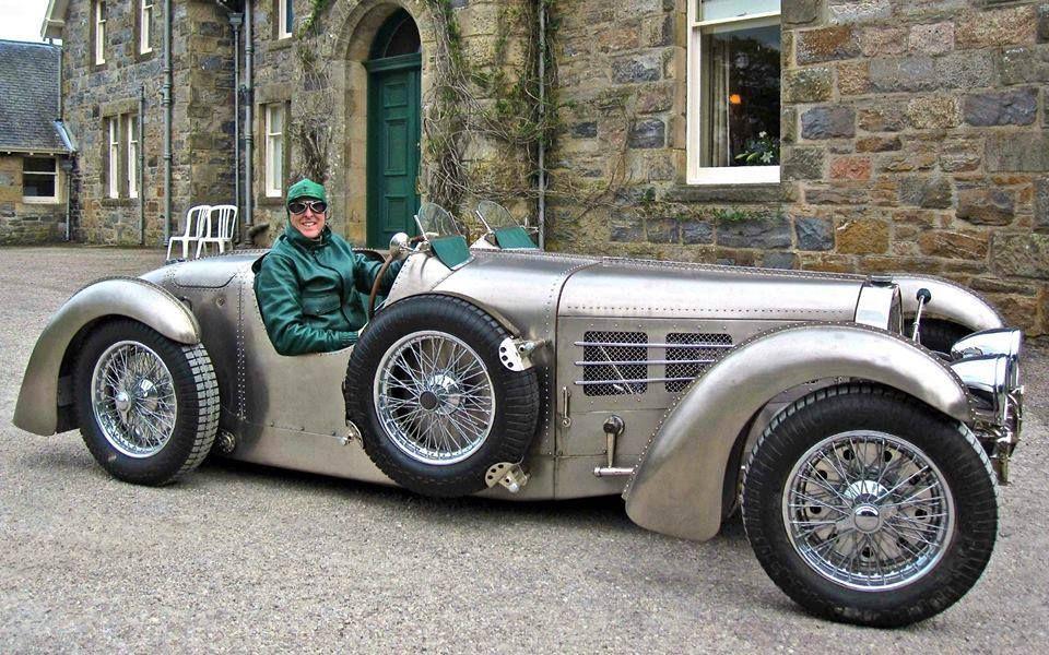 Jim Hull Fires Up His 1935 Bugatti