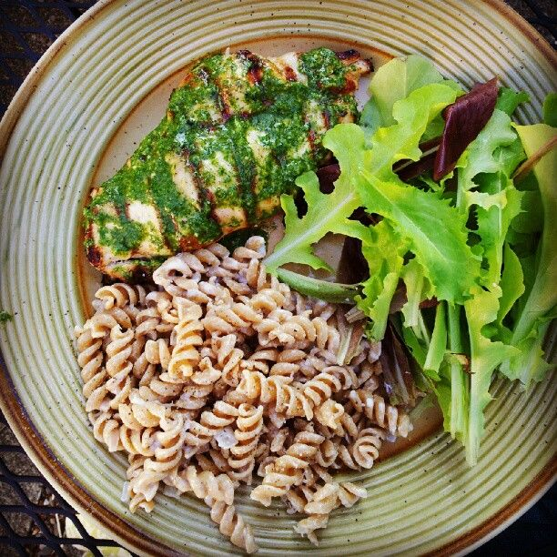 Grilled chicken with cilantro chimichurri and an easy pasta side dish from www.pepperlynn.com.