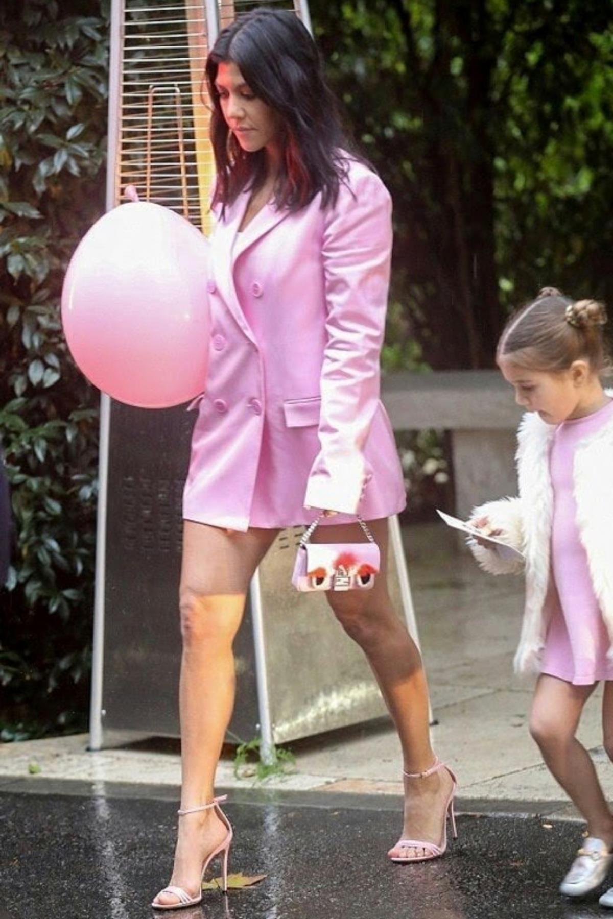 Kourtney Kardashian Khloe\'s Baby Shower March 10 2018   Pinterest