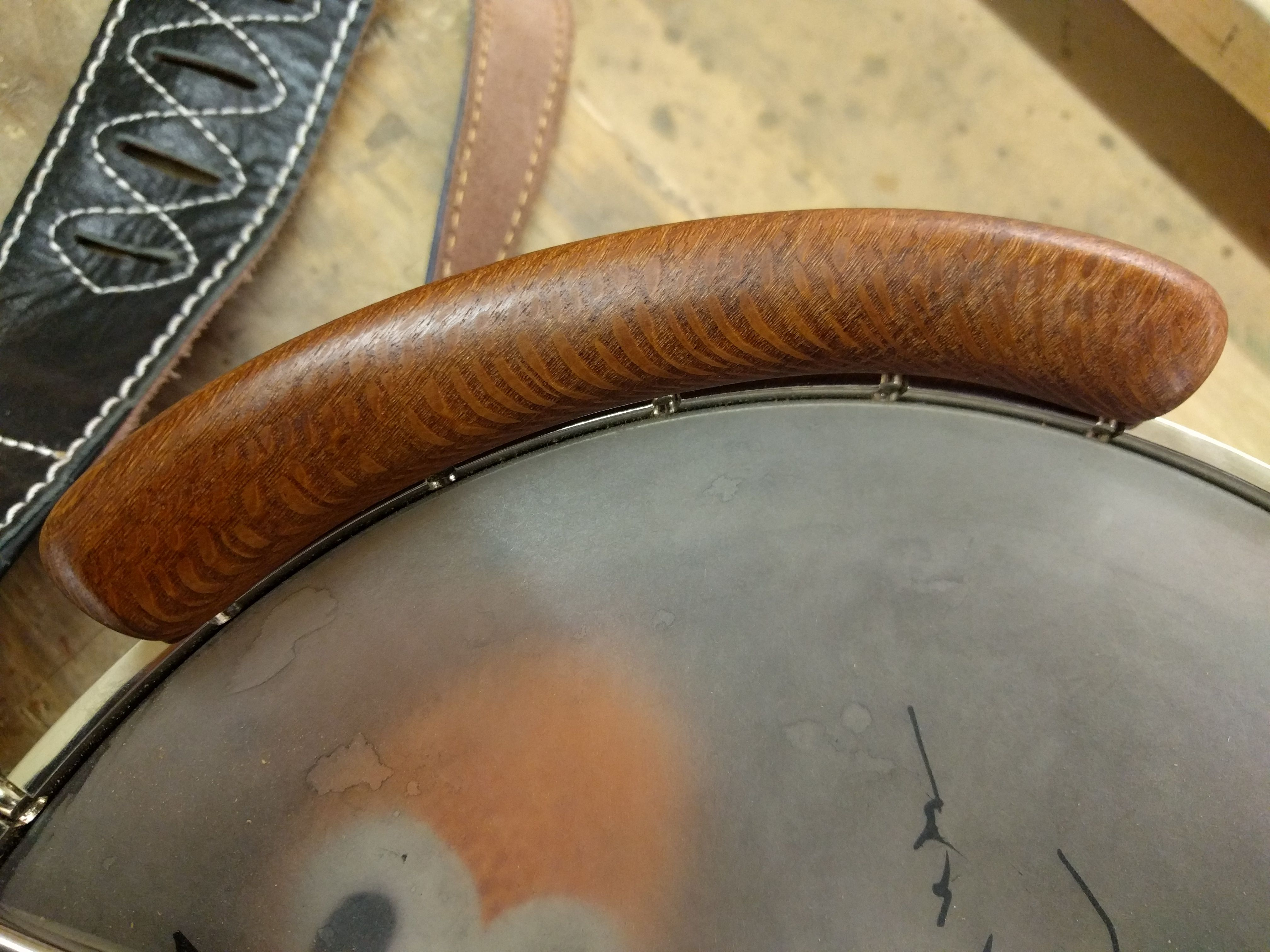I made a wooden armrest for my banjo  (#QuickCrafter) | Best