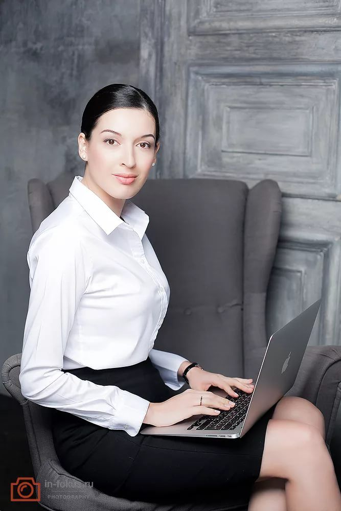 деловая женщина в интерьере: 9 тыс изображений найдено в ...