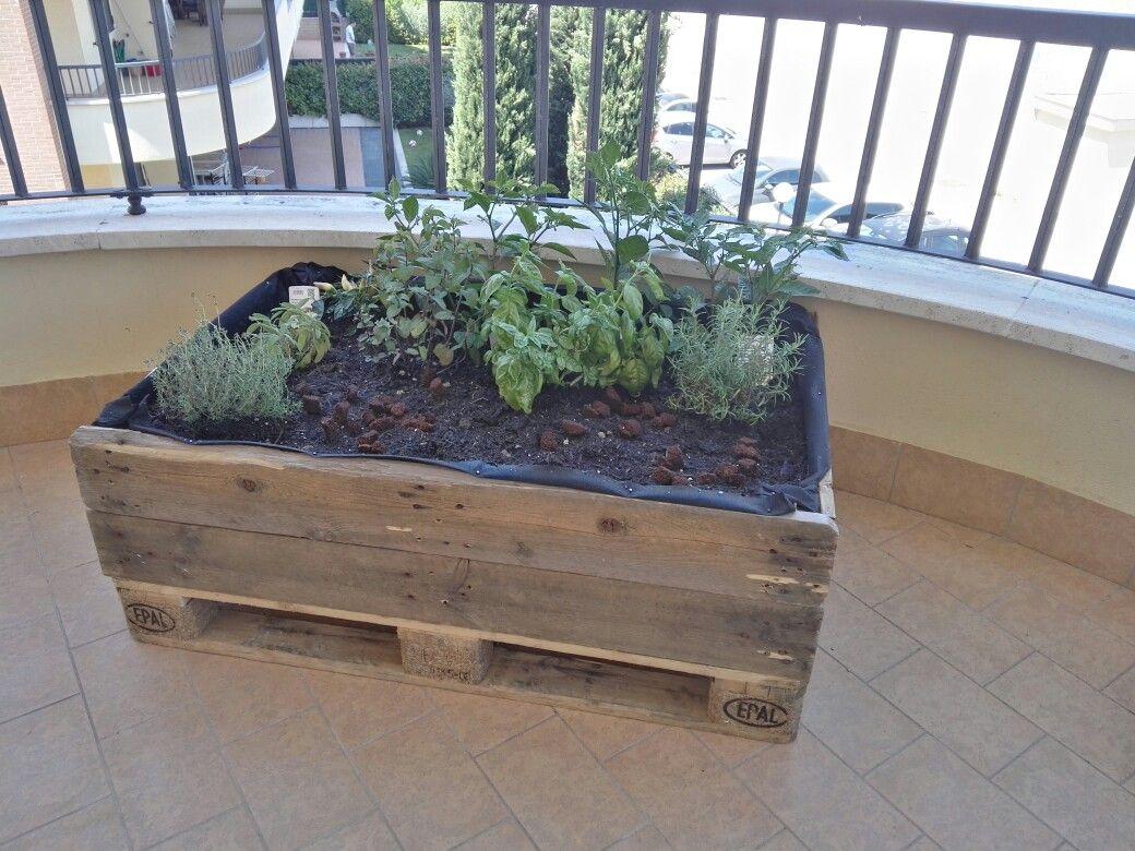Pallet - Orto da terrazzo - Fai da te DIY | DIY Presti - Fai da te ...