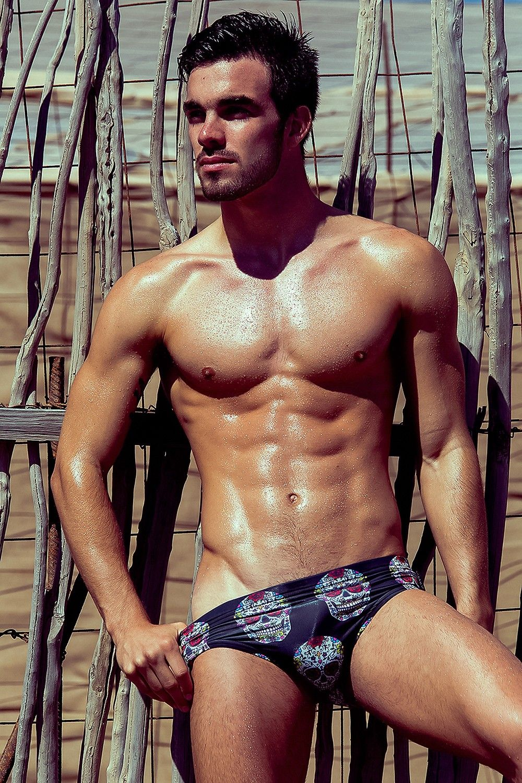 MASSIVE   Homme muscle, Beaux mecs, Mec