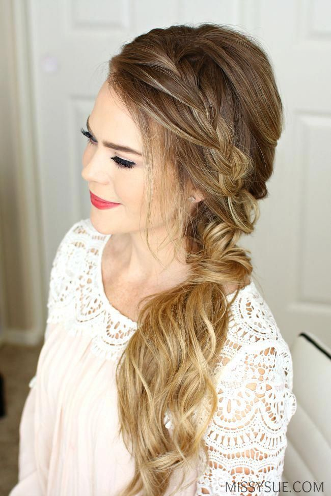 Side Swept Braided Hairstyle For Prom Half Up Half Down Hairstyle To The Side Promhair Hairdos Side Hairstyles Bridesmaid Hair Side Side Swept Hairstyles