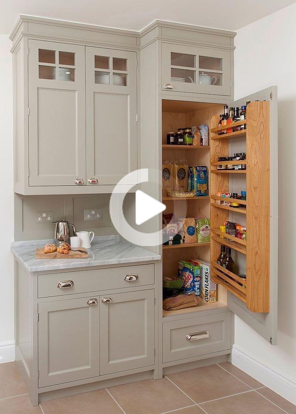 20 Comodi Rimodellare Cucina Idee Con Alcuni Kitchenremodel Bagagli 20 Comodi Rimodellare In 2020 Kitchen Cabinet Plans Diy Kitchen Storage Kitchen Style