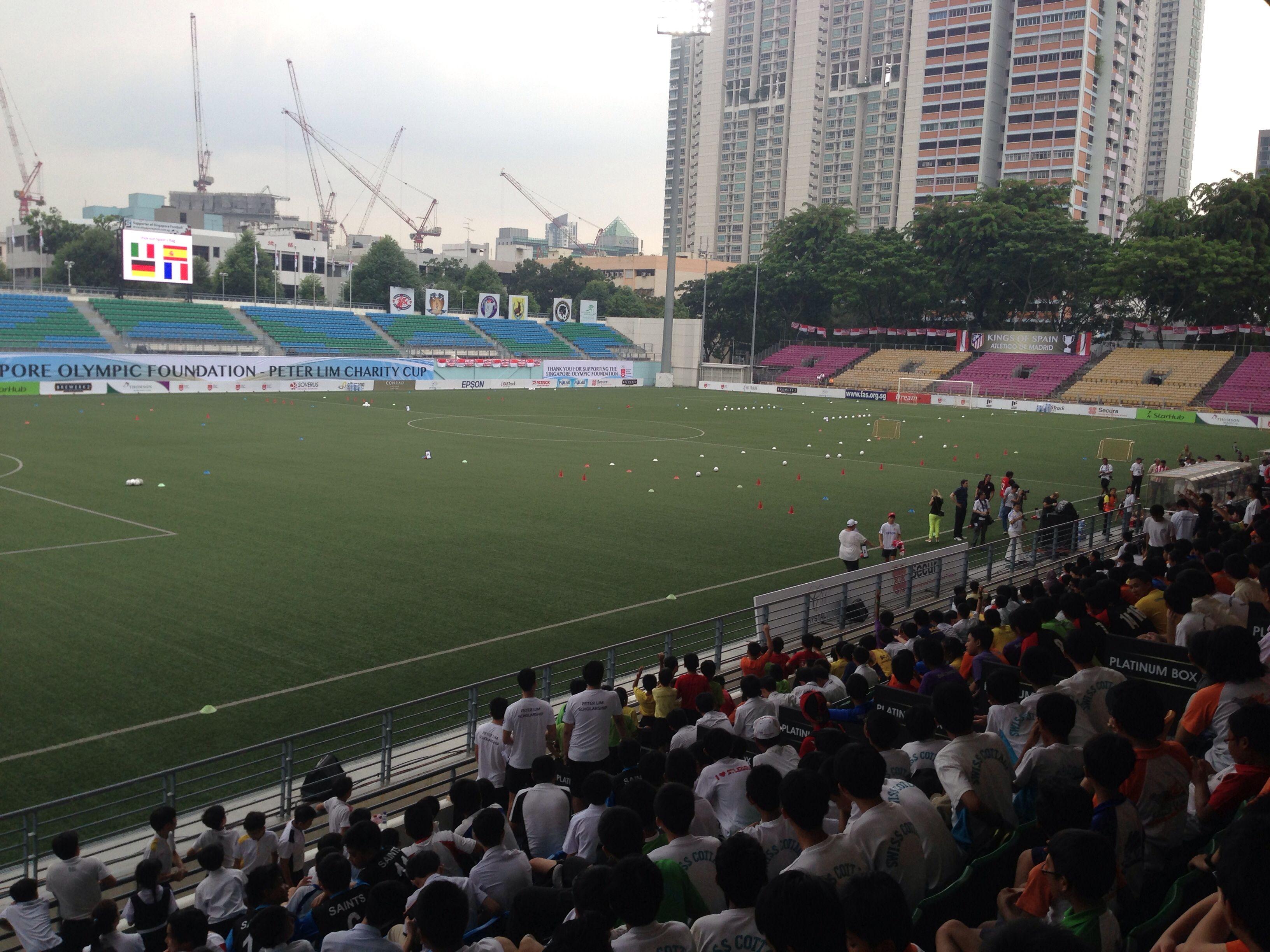 Jalan Besar Stadium Hola Singapore Atletico Madrid V 128 Kids For Charity Supporters Soccer Field Field Football
