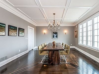 Love The Ceiling Molding Design