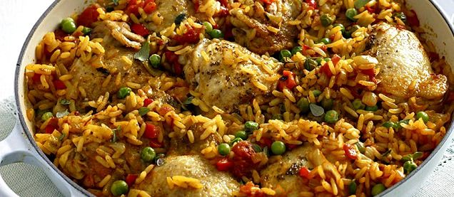 Chicken paella this is the real chicken paella recipe an alternate arroz con pollo one dish chicken and rice meal forumfinder Images