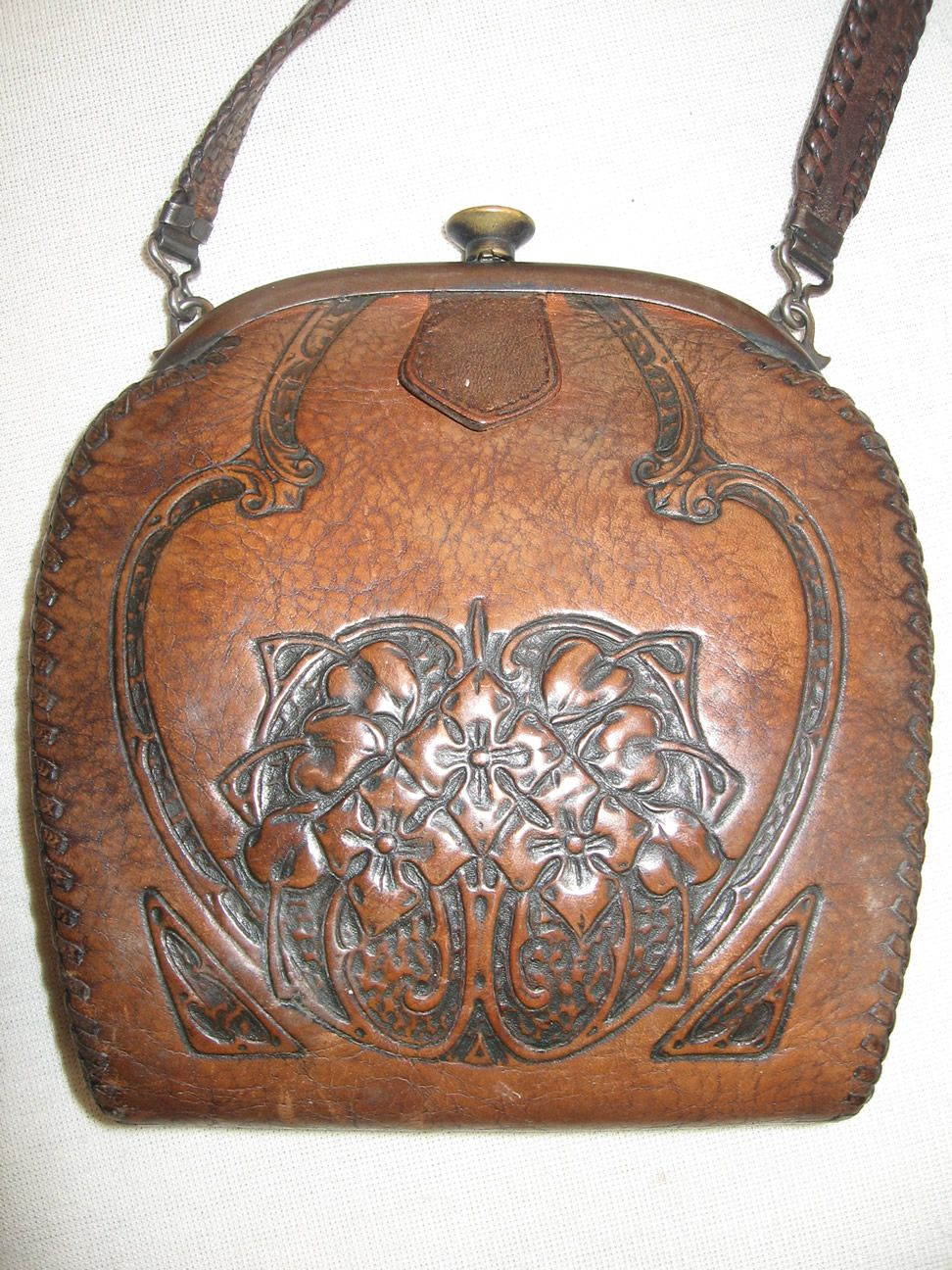 """Vintage Purse News:  These Purses Give An """"Old West"""" Look That's C:O:O:L"""