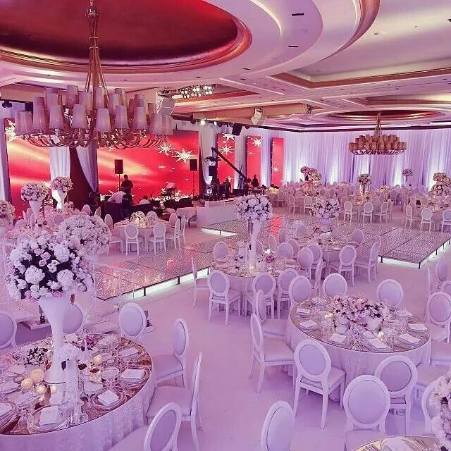 Wedding Venue Decoration Ideas: This Needs Some Royal Blue And Royal Purple