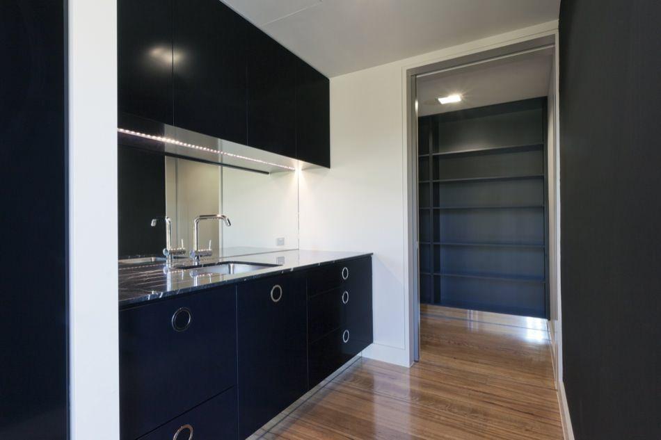 Ral 9017 traffic black matte ideas for the house for Matt black kitchen doors