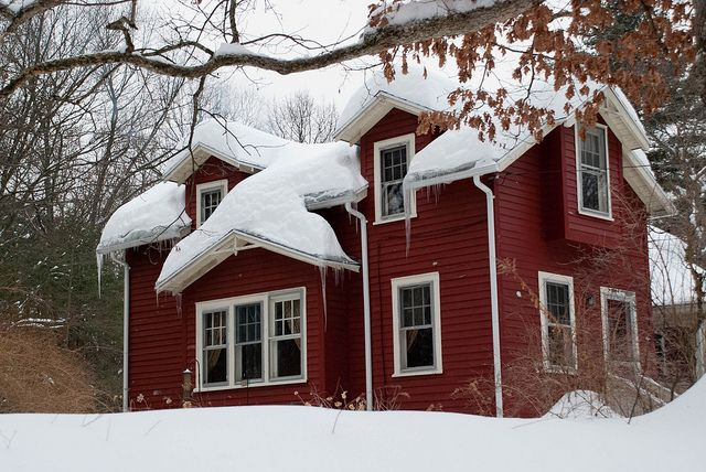 High Pitched Roof Best For Heavy Snowfall How Much Snow