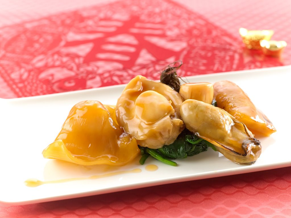 Xin Cuisine's Braised Mini Buddha Jump Over the Wall, a