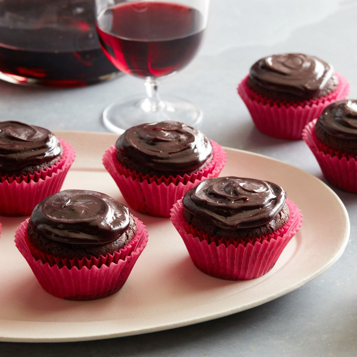 Red Wine Chocolate Cupcakes Recipe In 2020 Food Network Recipes Cupcake Recipes Chocolate Chocolate Cupcakes