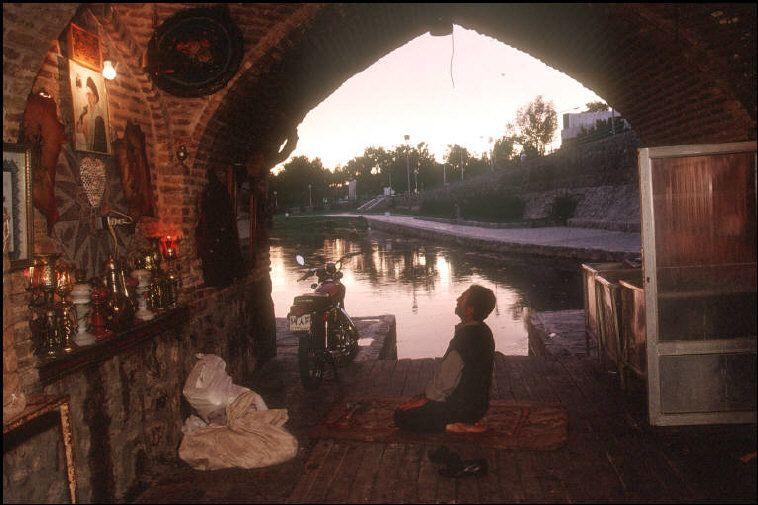 Isfahan, Iran. 1998. A. Abbas.