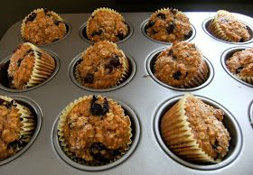 My Retro Kitchen: Oatmeal Blueberry Applesauce Muffins