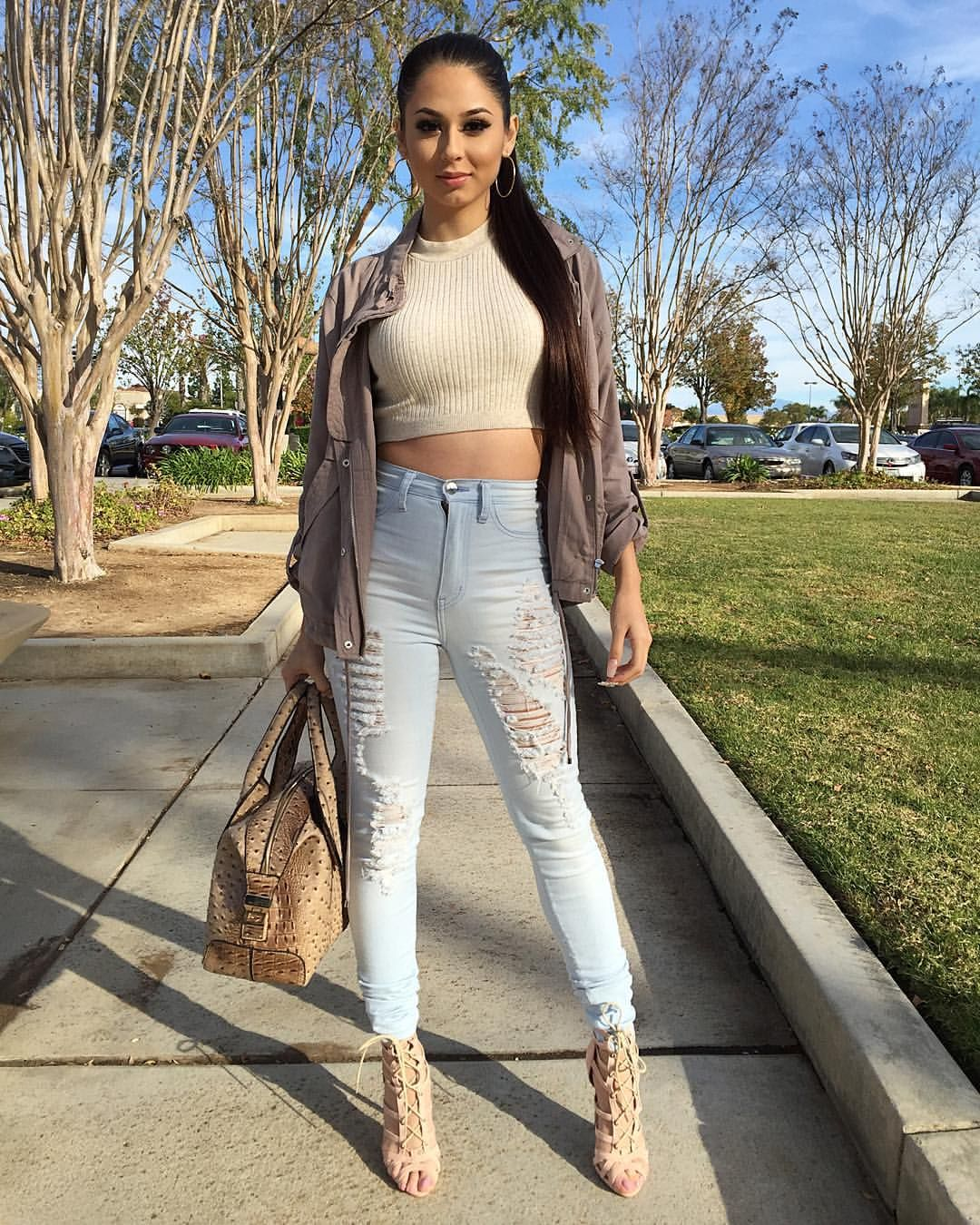 "723b6d59f78b1  jen ny69 on Instagram  ""Top  F21 Jacket  F21 Jeans   fashionnova (Coupon  code- XOjenny69) Shoes   lolashoetiquedolls (Coupon code-Jenny69) Purse  ..."