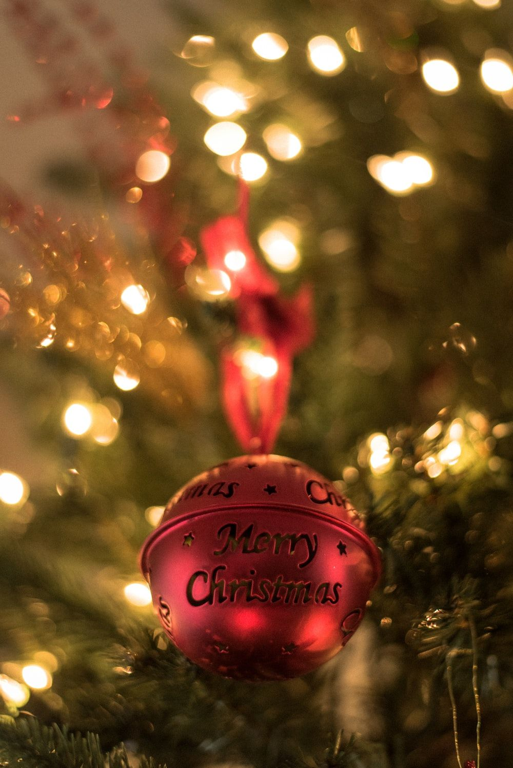 Christmas Wallpaper Xmas Pictures Free Download In 2020 Merry Christmas Images Merry Christmas Pictures Christmas Wallpaper Free