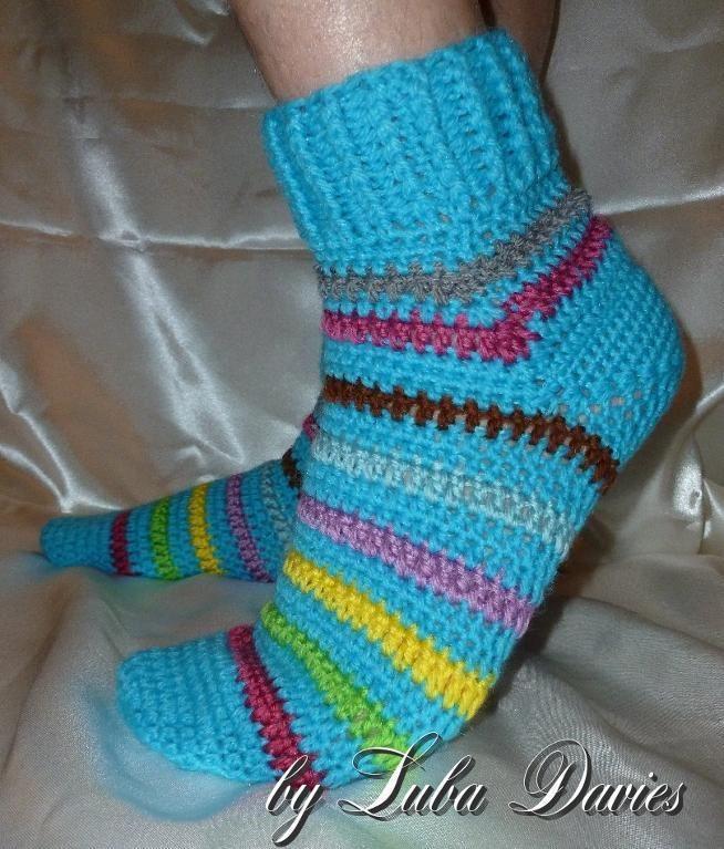 6 Cozy FREE Crochet Sock Patterns - Craftsy | Crochet socks pattern ...