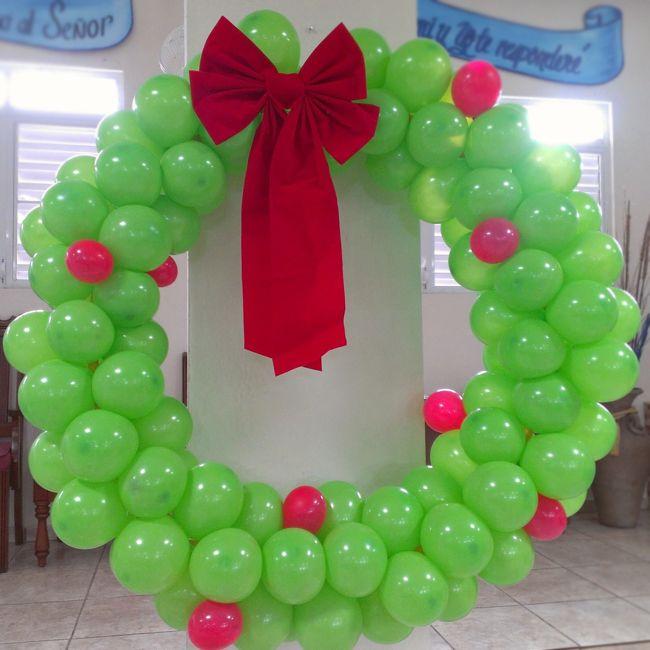 Christmas Balloon Art