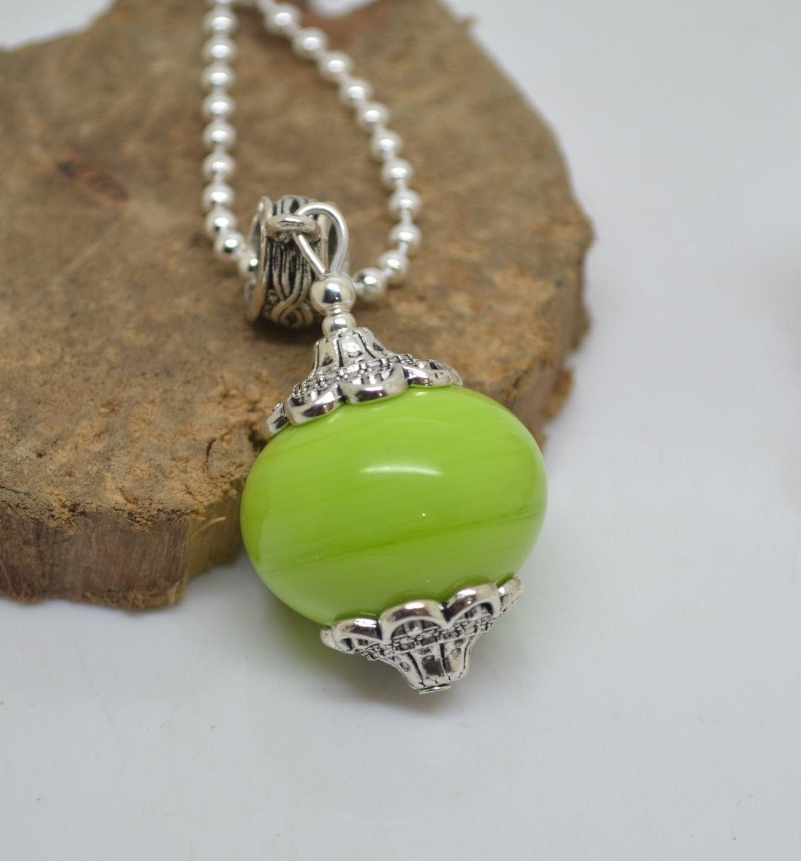 collier 50 cm perles verre filé au chalumeau vert anis chaine argent 925 collier rose : Collier par liloo-creations