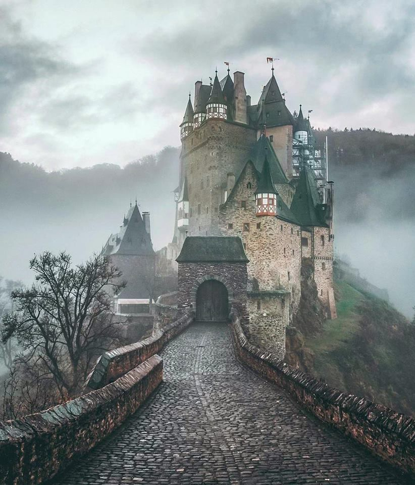 Eltz Castle Burg Eltz Burg Eltz Castle Germany Castles European Castles