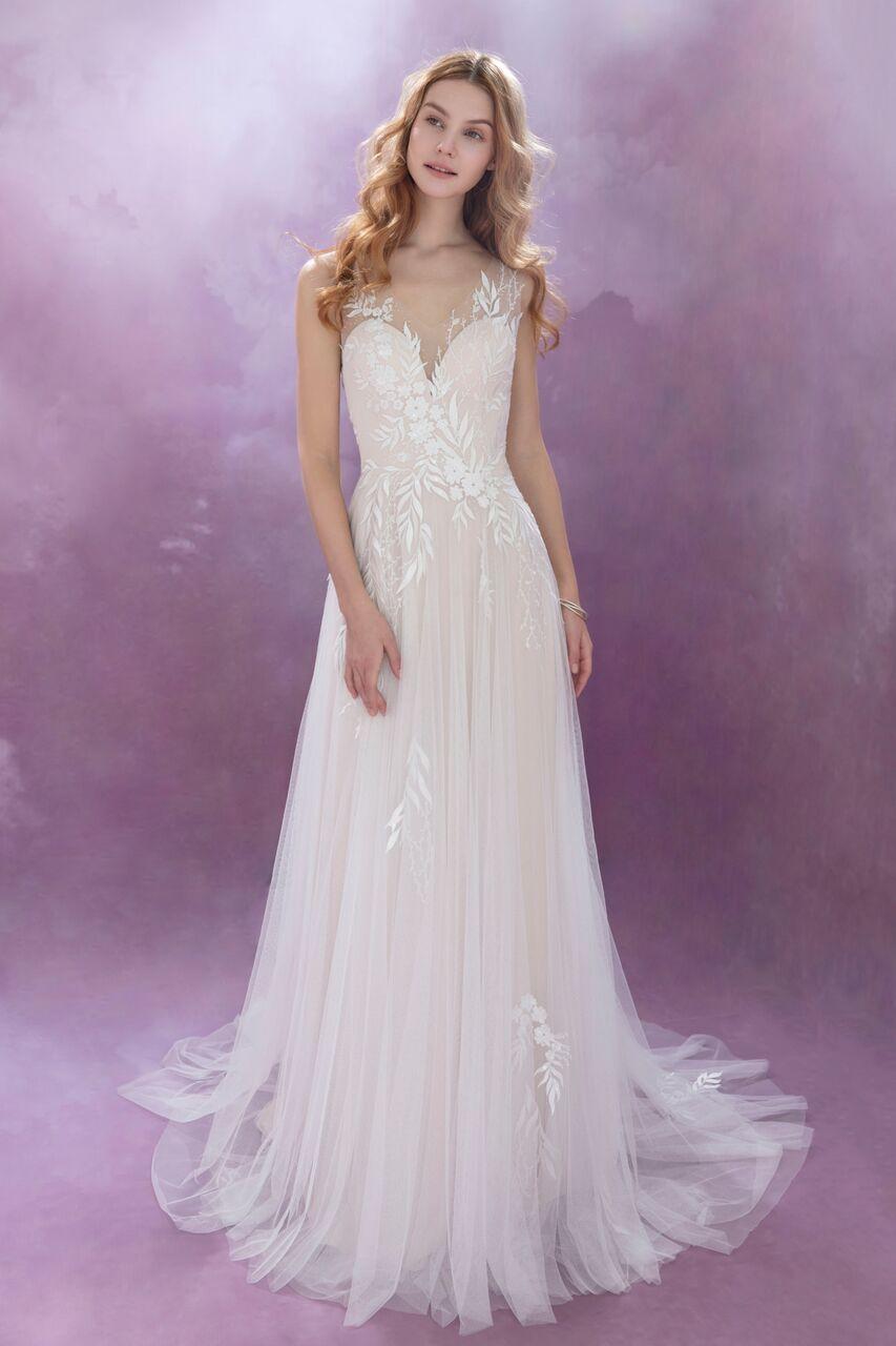 Pin de Dantela Bridal Couture en Chic Nostalgia   Pinterest