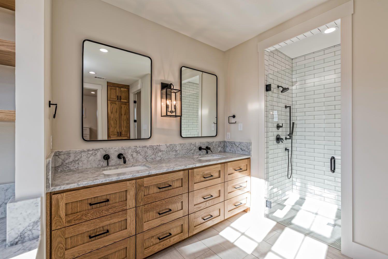 Cresson Court Bathroom Joanna Gaines Bathroom Bathroom Remodel Master Chip And Joanna Gaines