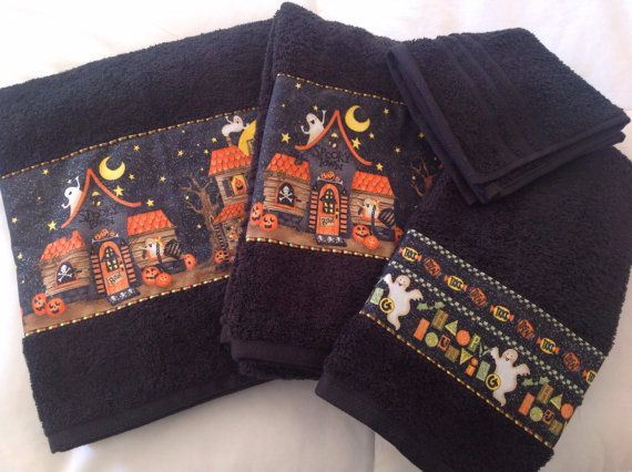 halloween set of 2 large bath towels and 1 hand towels with a wash cloth decorated to make your bathroom halloween ready - Halloween Bath Towels