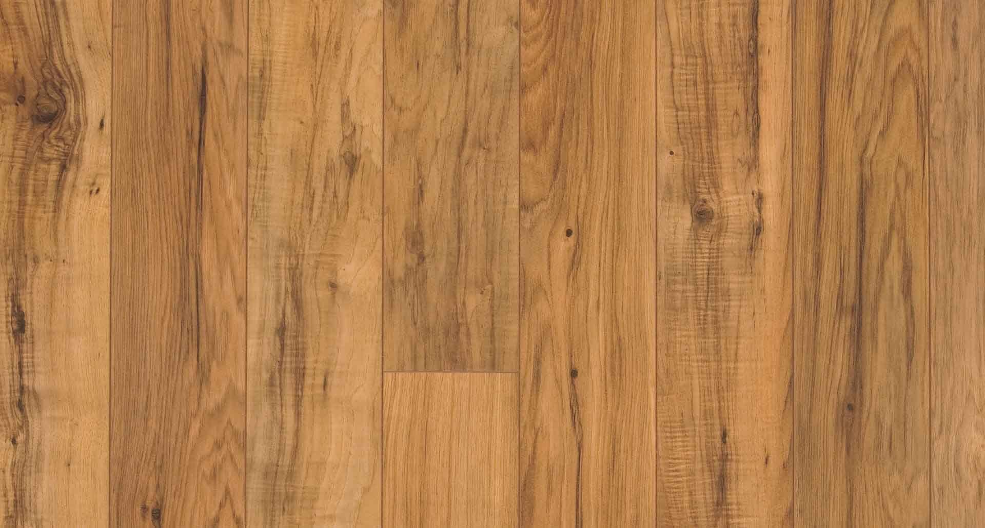 Bristol Chestnut Textured Laminate Floor Medium Wood Finish 10mm 1 Strip Plank