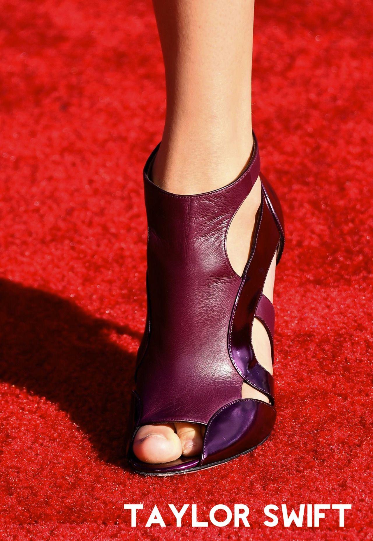World Sexiest Feet Swagga 4 Amber Taylor