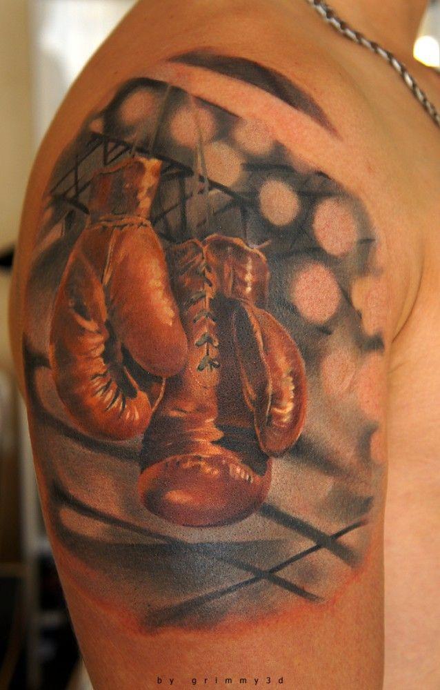 20 Stunning Shoulder Tattoos For Men Artonbody Com Tatuaje De Guantes De Boxeo Guantes De Boxeo Tatuajes Impresionantes