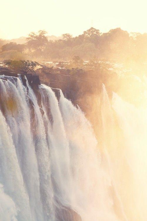 Victoria Falls, or Mosi-oa-Tunya (Tokaleya Tonga: the Smoke that Thunders) | Rafael Spinola