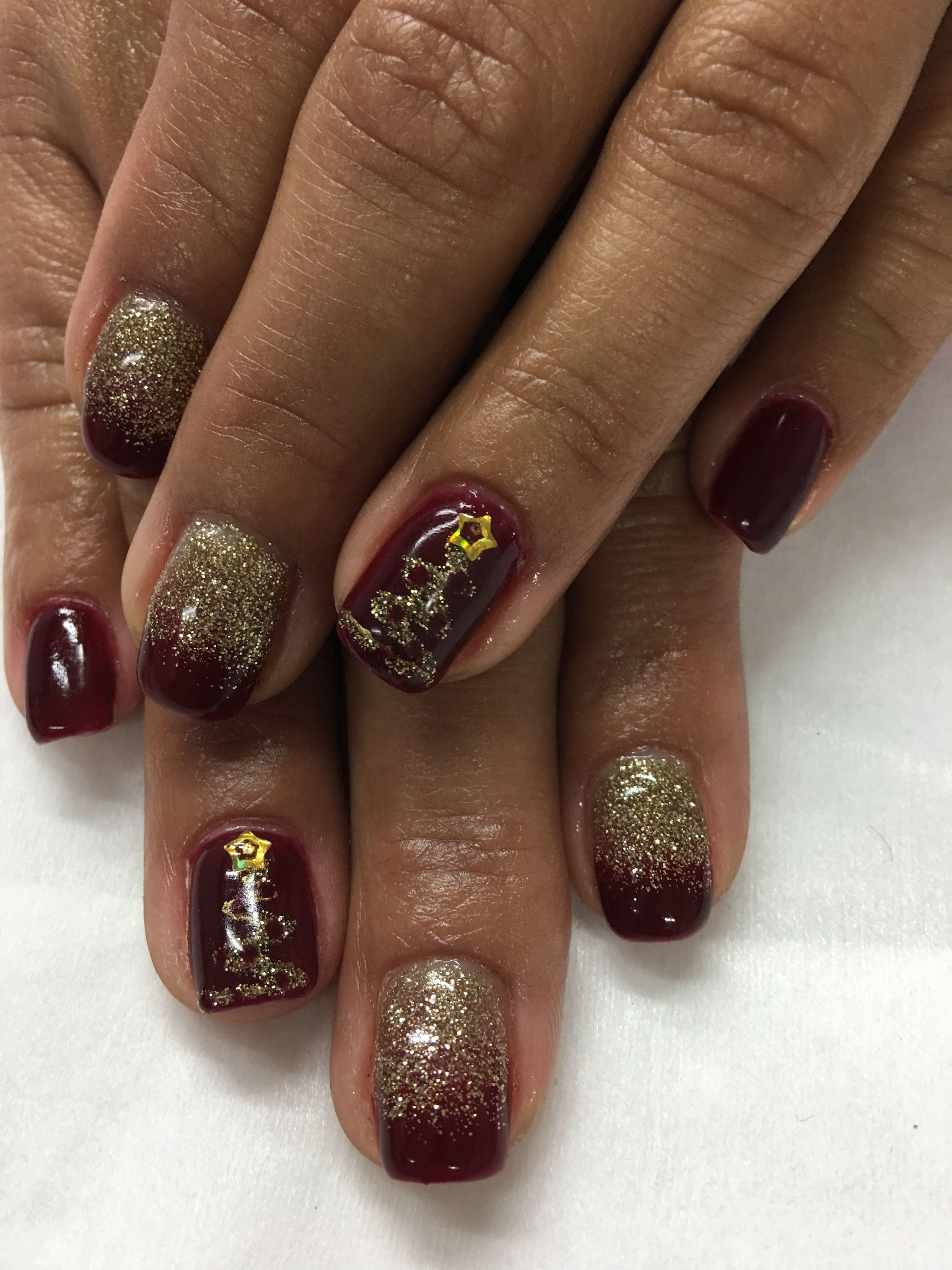 Gold Burgundy Christmas Tree Gel Nails | Gel Nail designs ...
