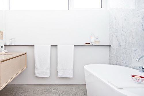 Badkamer Met Marmer : Stijlvolle badkamer met marmer hout en beton the loft