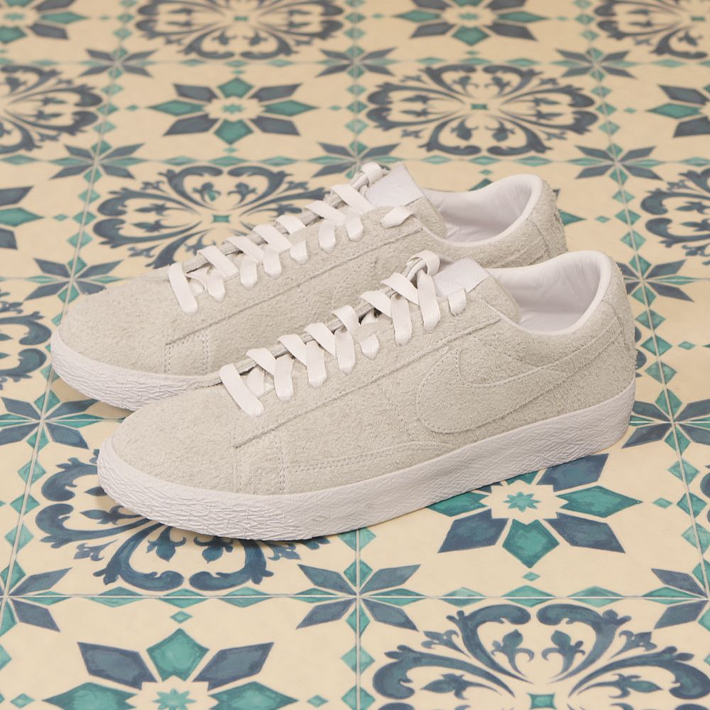The Pool Aoyama, Limited Low blazer Nike