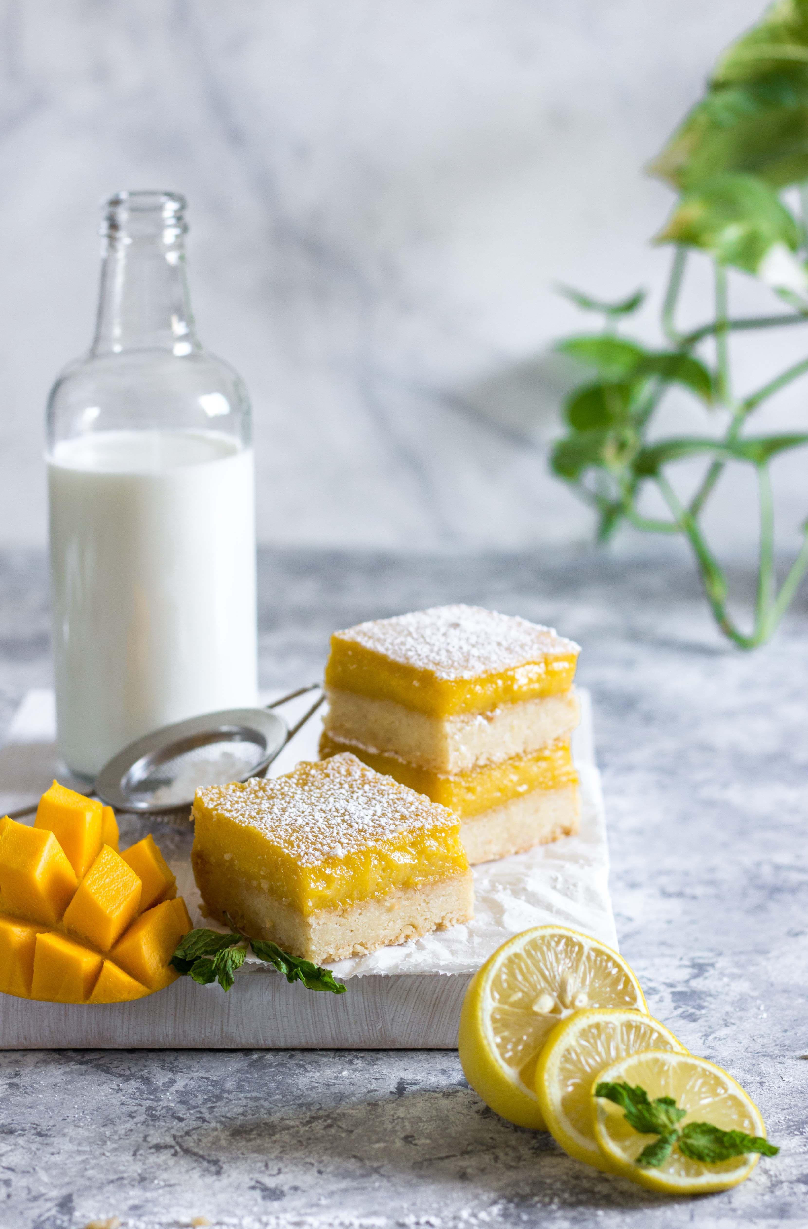 Mango Lemon Bars -