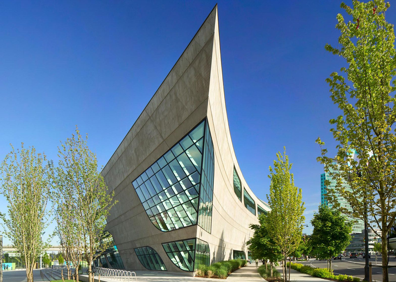 Curved Architecture Bing Thom Builds Curved Concrete Library In British Columbia