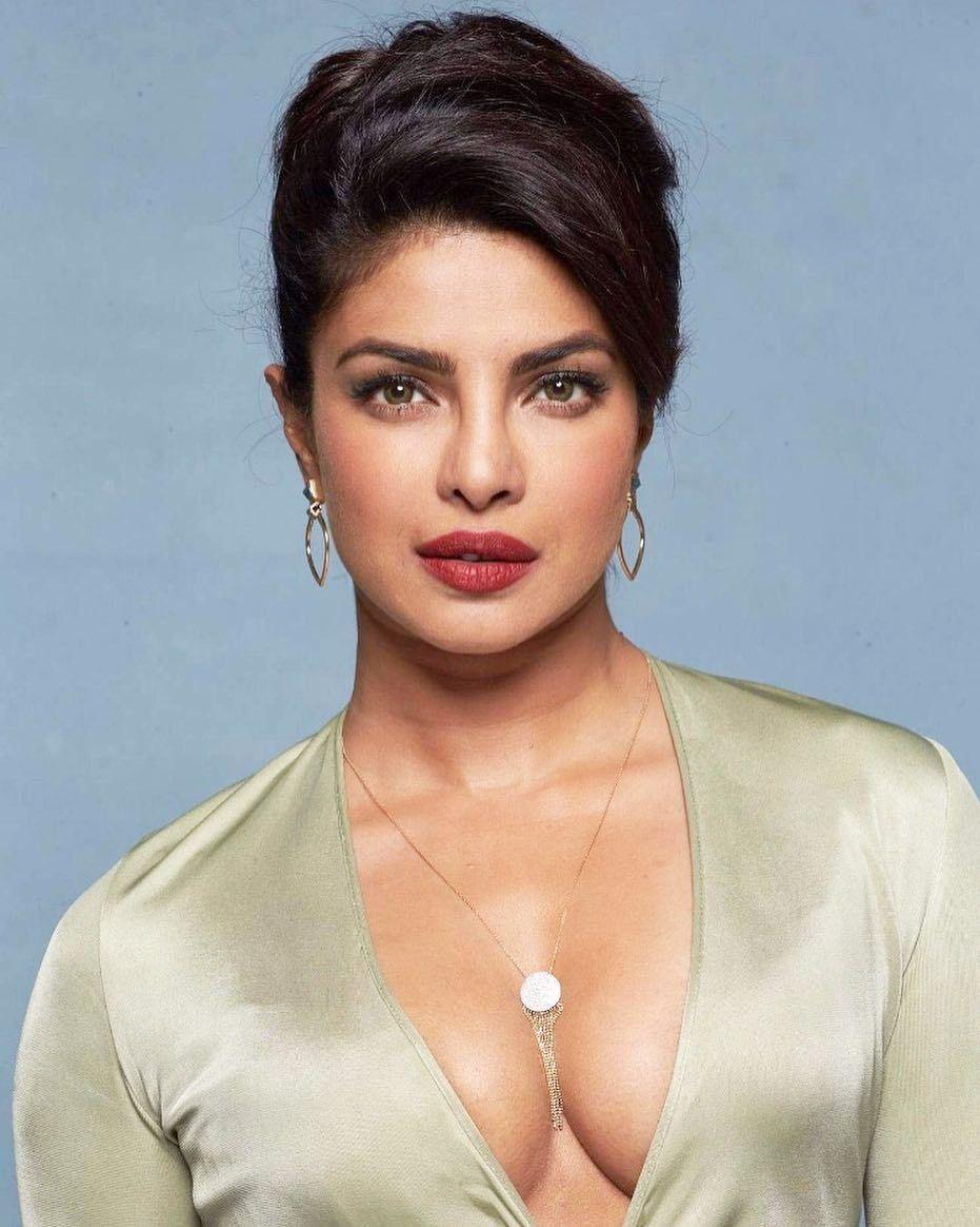43 Insanely Bold Priyanka Chopra Photos | Glamorous and