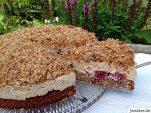 Espresso-Nuss-Torte mit Kirschen - Aus meinem Kuchen und Tortenblog