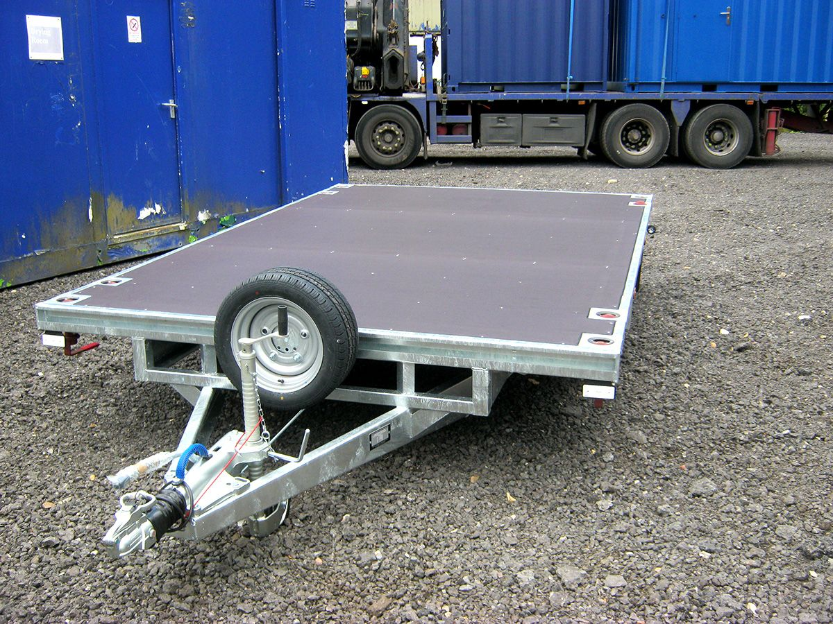 New Trailer With Twist Locks Designed To Take 10ft X 8ft Shipping Containers 10ft X 8ft Antivandal Offices And 12ft X 8f Trailer Trailer Accessories Container